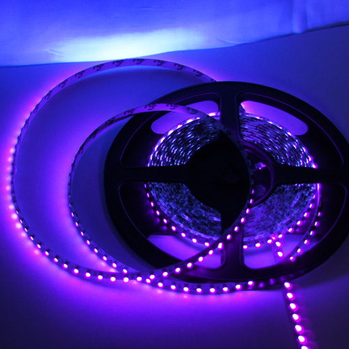 ruban led UV lumiere noire 120 leds pic2
