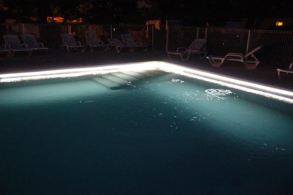 couleurs délicates forme élégante 100% d'origine Deco Led Eclairage : Idées déco pour les piscines