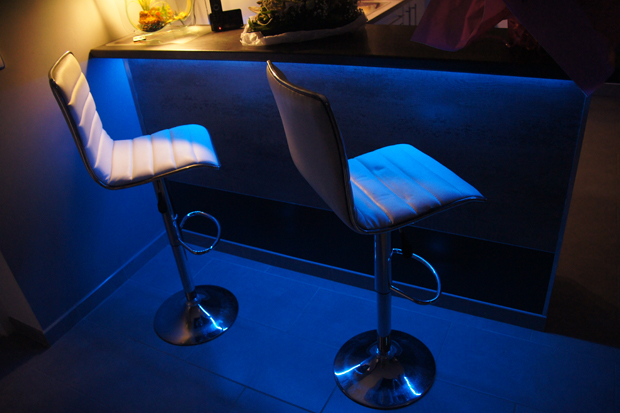 deco led eclairage id es d co pour les bars. Black Bedroom Furniture Sets. Home Design Ideas