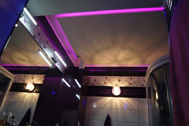 deco led eclairage id es d co pour les salles de bains. Black Bedroom Furniture Sets. Home Design Ideas